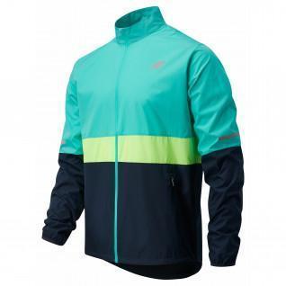 New Balance accelerate jacket